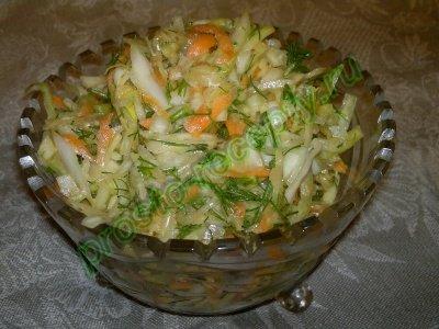 салат из капусты на стол праздничный